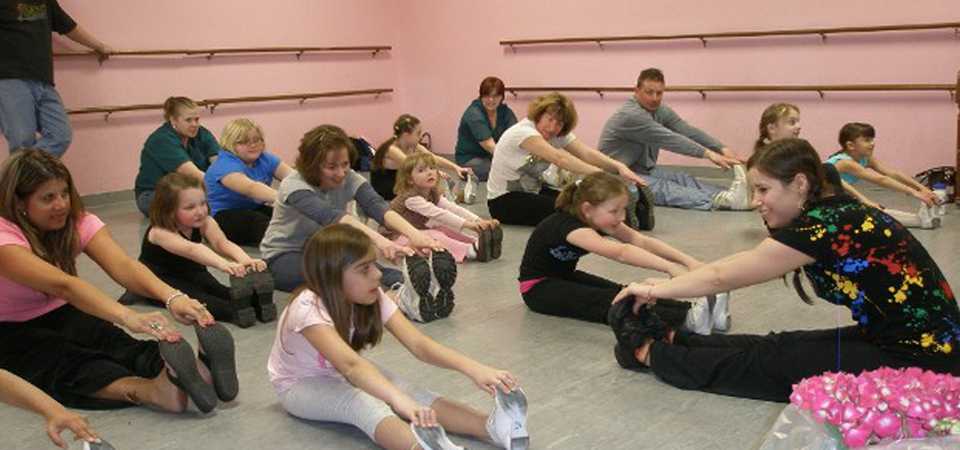 dance class registration and shoe fitting at kathys dancenter
